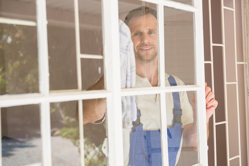 Sacramento Pro Cleaning - Window Cleaning 1